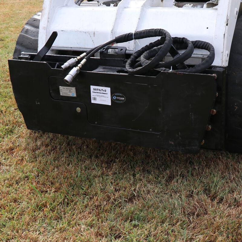 Hydraulic Tilt Mount Plate For Skid Steers | V2